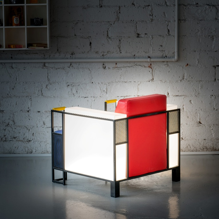 Cubic Slim by Ari Korolainen